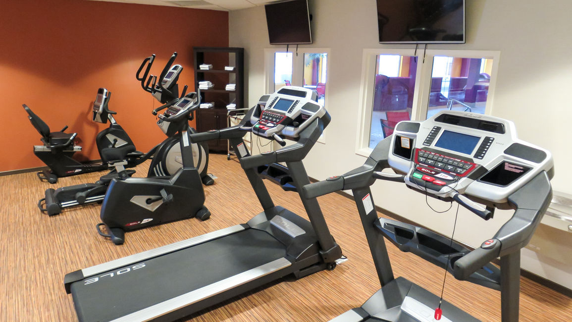 Try our 40-minute workout at one of the top Regina hotels with a gym.