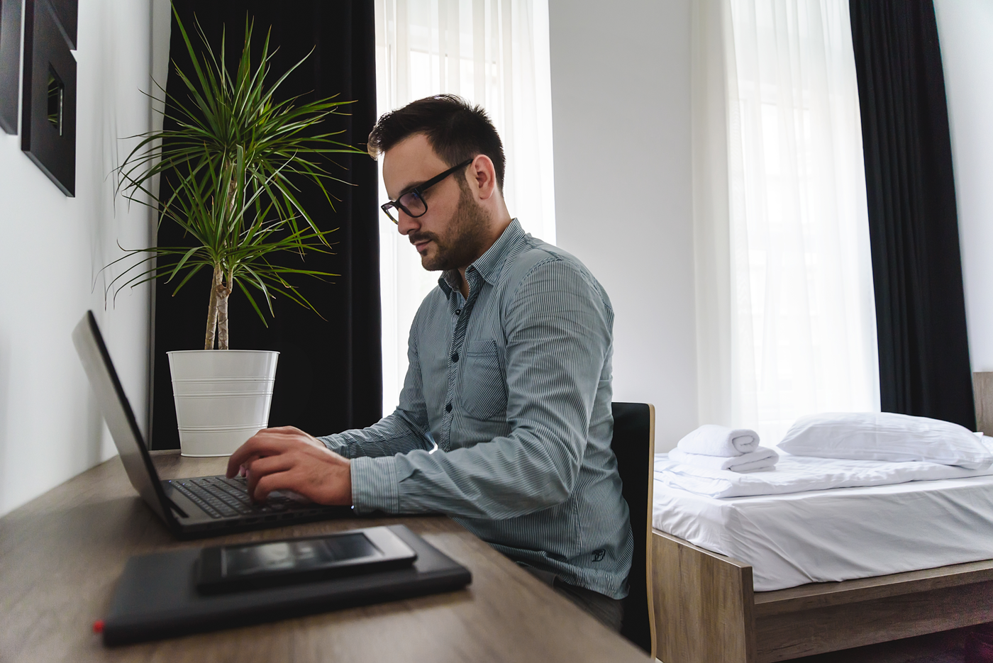 When travelling for business, it helps to find one of the best Regina hotels that offers a comfortable, spacious and practical in-room workspace.